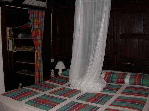 Floraison_bedroom_1